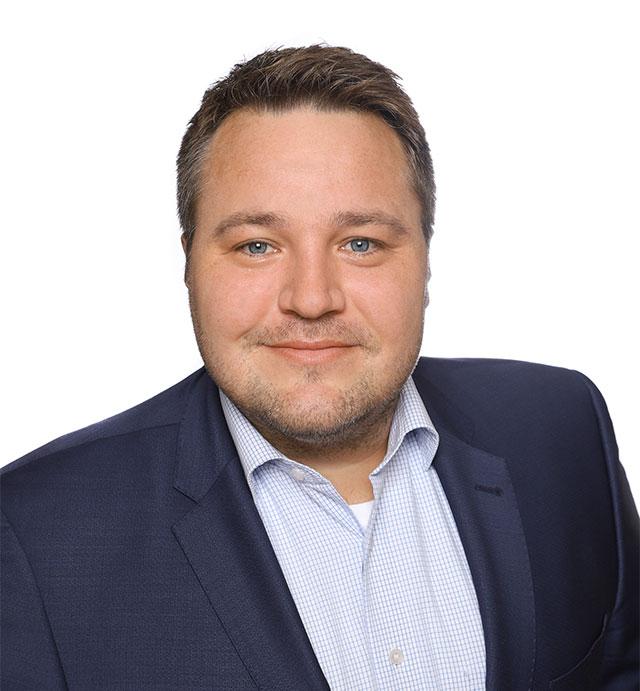 Dennis Helfer